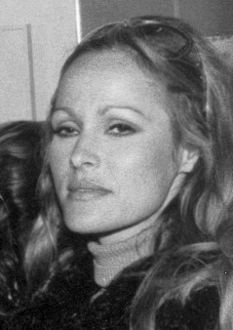 Ursula Andress1971.jpg