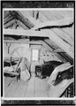 VIEW IN ATTIC, SHOWING FRAMING - Weeks House, Greenland, Rockingham County, NH HABS NH,8-GRELA,1-9.tif