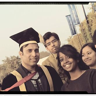 V. V. S. Laxman - Laxman with fans at Teri University, New Delhi.