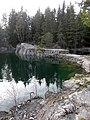 Vattenfyllt kalkbrott (Raä-nr Sala stad 102-1) 4893.jpg