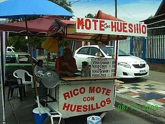 Mote con huesillo - Mote con huesillo street vendor.