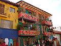 Venta de artesnias en raquira, 2006.JPG