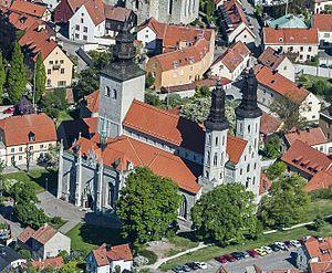 Visby Cathedral - Image: Visby domkyrka från luften cropped