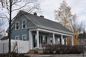 House at 40 Crescent Street - Image: Wakefield MA 40Crescent Street