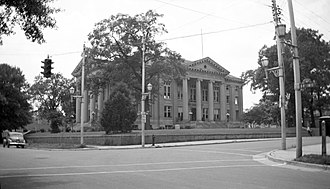 Wayne County, North Carolina - Image: Wayne County Courthouse 1948