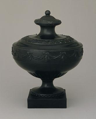 Thomas Bentley (manufacturer) - Image: Wedgwood and Bentley Black Basalt Stoneware Vase LACMA M81 257 10a b
