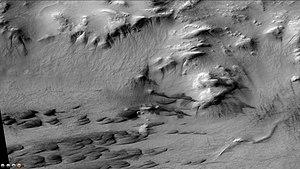 Galle (Martian crater) - Image: Wikigulledunesgullie s