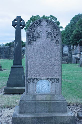 William MacGillivray - William MacGillivray's grave, New Calton Cemetery