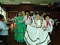 Woodburn children celebrate Cinco de Mayo 2007.JPG