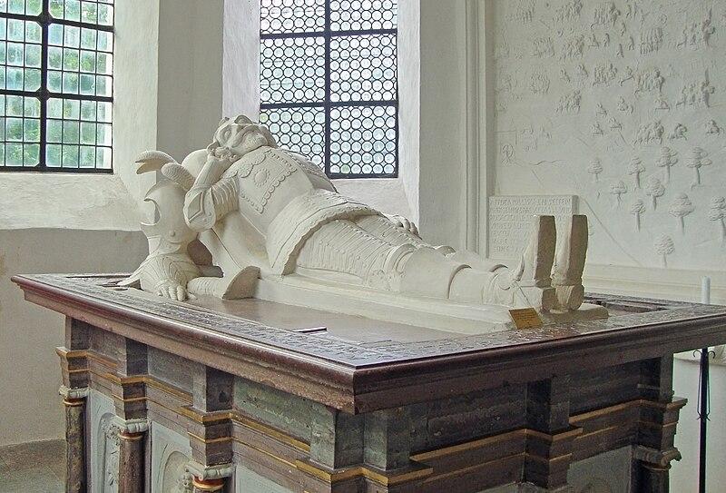 Wrangel-Tomb.jpg