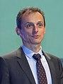 (Pedro Duque) Inauguración de la Conferencia 'Hacia un nuevo horizonte' (45971571851) (cropped).jpg