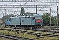 Электровоз 2ЭЛ5-010 следует на станцию Жмеринка. - panoramio.jpg