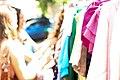שוק יד שניה בכיכר דיזנגוף - דוכן בגדים.jpg
