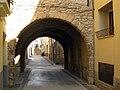 045 Portal de la Trinitat, al Pla de Santa Maria.jpg