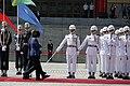 09.26 總統與索羅門群島蘇嘉瓦瑞總理一同檢閱儀隊 (37067731350).jpg