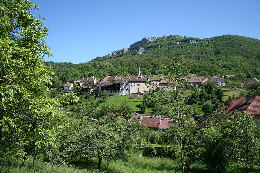 Mouthier-Haute-Pierre  (Doubs - France), the village.