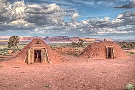 16 21 2006 monument valley.jpg