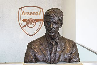 Bust of Arsene Wenger at the Emirates Stadium 16 Arsene Wenger bust (28861710686).jpg