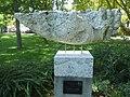 180729 Balatonalmádi szoborpark Beretvás Csanád Halász emlék.jpg