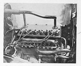 Rover 12 - Image: 1905 Rover 10 12hp 4 cylinder engine