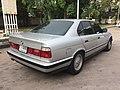 1988-1989 BMW 520i (E34) Sedan (13-06-2018) 02.jpg