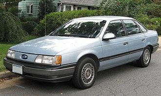 Ford Taurus - 1991 Ford Taurus GL sedan