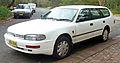 1993-1994 Toyota Camry Vienta (VDV10) Executive station wagon 06.jpg