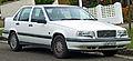 1994-1997 Volvo 850 SE 2.5 sedan (2011-01-13) 01.jpg