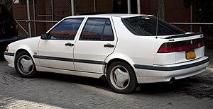 1994 Saab 9000 Aero rear.jpg
