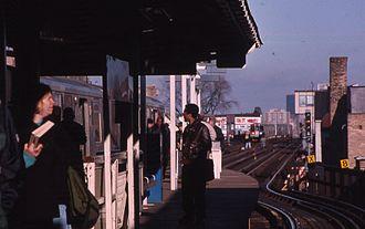 Belmont station (CTA North Side Main Line) - Station in 1999