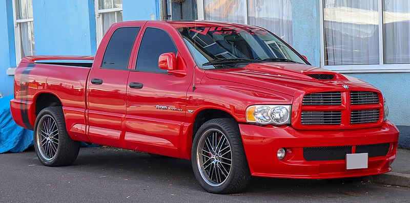 File:2005 Dodge RAM SRT-10 8.3 Front.jpg