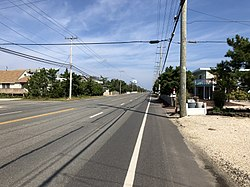 2018-10-04 12 19 20 View north along Ocean County Route 607 (Long Beach Boulevard) at Union Avenue in Harvey Cedars, Ocean County, New Jersey.jpg
