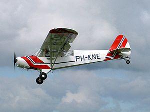 26-09-04 PH-KNE Piper PA-18-135.JPG