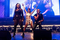 2 Unlimited - 2016332013554 2016-11-26 Sunshine Live - Die 90er Live on Stage - Sven - 5DS R - 0416 - 5DSR9160 mod.jpg