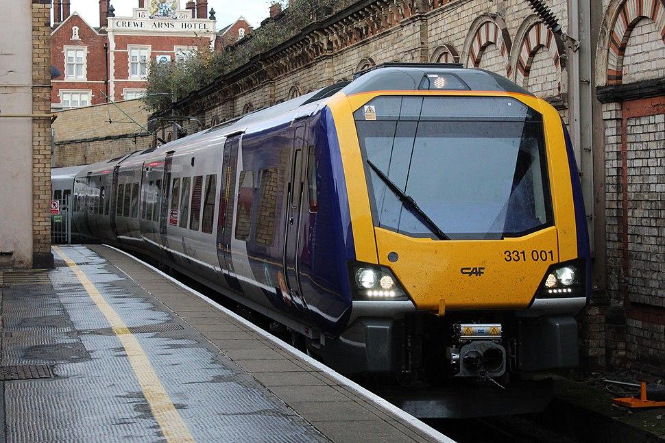 331001 approaching Crewe platform 1