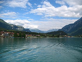 5914 - Brienzersee - Looking toward Schwanden bei Brienz.JPG