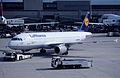 60ar - Lufthansa Airbus A320-211; D-AIPX@ZRH;17.06.1999 (5035653805).jpg