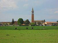 6 S.Maria la Longa campanile e villa dei Canonici di Aquileia.jpg