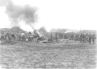 BL 6-inch Mk VII naval gun - Image: 6inch Mk VII Gun Beaumetz 21April 1917
