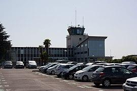 Aéroport Pau-Pyrénées IMG 8917.JPG