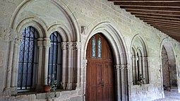 Abbaye de Saint-Papoul - Salle capitulaire -01.jpg