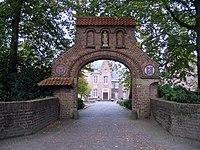Abdij van Berne poort (Heeswijk).jpg