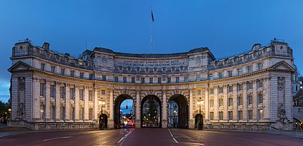 Admiralty Arch Admiralty Arch at Dusk, London, UK - Diliff.jpg