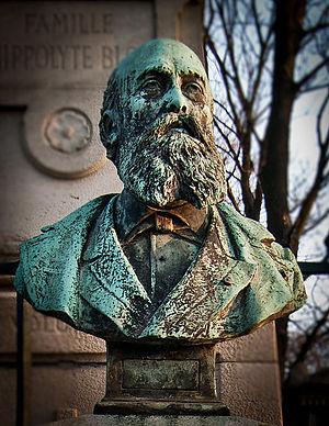 Adolphe Deslandres - Buste of Adolphe Deslandres - Montmartre Cemetery