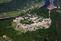 Aerial photo of Festung Königstein, October 2008.jpg