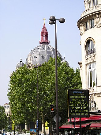 "2003 European heat wave - Public sign in Paris that reads: ""To find a Parisian victim of the heat wave, dial the following number""."