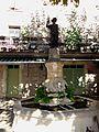 Aiguèze - Statue de Saint-Roch-01.JPG