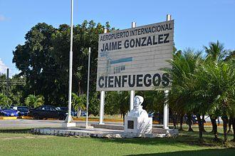 Jaime González Airport - Airport sign at the entrance