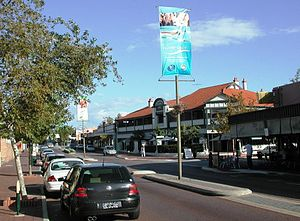 East Victoria Park, Western Australia - Albany Highway running through the centre of East Victoria Park