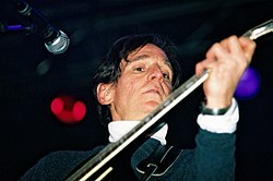 Chilton in concerto a Parigi nel 2004